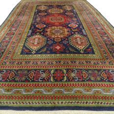 """Ardebil – 242 x 142 cm. – """"Special Persian carpet in beautiful condition"""" – With certificate."""