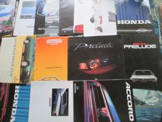 Car brochures (Honda, including Integra/Prelude/Legend/Quintet, 21x, 1980-1992)