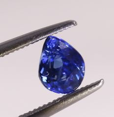 Royal Blue Sapphire - 0.96 ct. - no reserve price