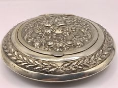 Very large decorated silver snuff- or peppermint box, Germany