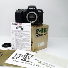 Nikon F-601QD AF with Quartz Databack and body cap. In original box with manual.