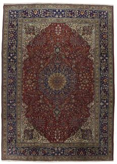 ANTIQUE authentic, original Persian rug (Hand-knotted) (TABRIZ PERSIA IRAN) 1940-1950, with certificate of authenticity from official appraiser (Galleria Farah 1970)
