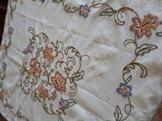 Beautiful hand embroidered tablecloth - Italy.