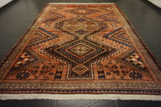 Antique hand-knotted Persian carpet, Luri, Qashqai, Gabbeh, nomad's work, rug, wool on wool, made in Iran, 230 x 320 cm