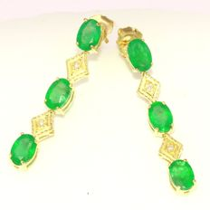 "3.60 carat Gold earrings with emerald and diamonds - Length: approx. 3 cm ""No reserve"""