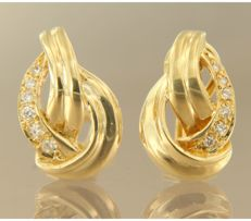 18 kt yellow gold clip-on earrings set with 12 brilliant cut diamonds, approx. 0.12 carat in total, size 1.7 cm x 1.1 cm wide.
