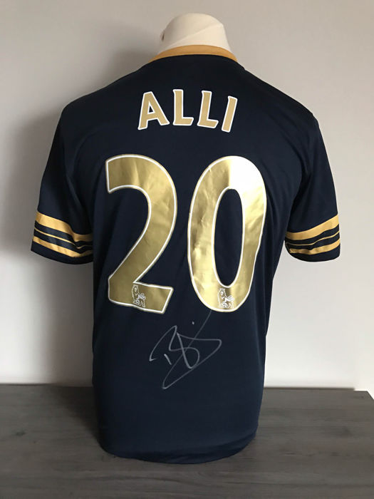 Dele Alli Tottenham alternative shirt 2016-2017 with photo of the moment of signing and certificate of authenticity