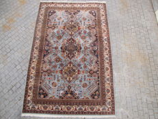 Very pretty antique Eastern carpet - Transylvania - Handmade - 200 x 310 cm.