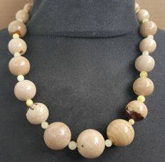 Royal white beige natural Amber necklace with graduated round beads, 68 grams