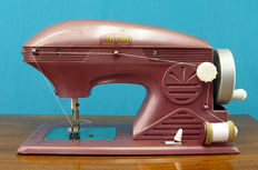 Child's sewing machine - Premon - Spain - period 1960