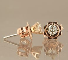 14 kt red gold, solitaire ear studs set with diamond, width 3.7 mm