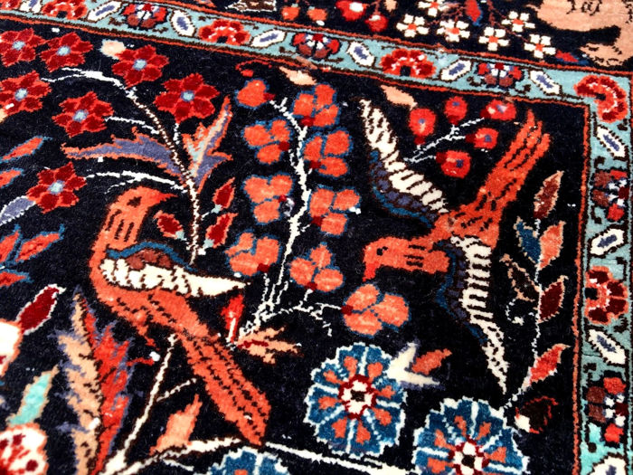Rare silk carpet with great patterns, tree of life, approx  1,440,000 knots  per square metre, collector's item! - Catawiki