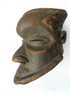 Very old BA KUBA helmet mask - Congo