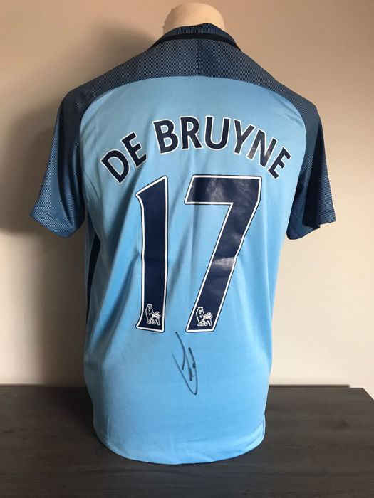 Kevin De Bruyne Manchester City home shirt 2016-2017 with photos of the signing time and certificate of authenticity