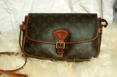 Louis Vuitton - Vintage Sologne bag