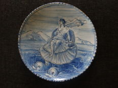 Savona - Faience dish Venus on a shell