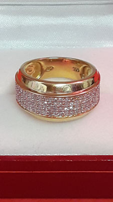Ring in 18 kt gold with diamonds - size 52.