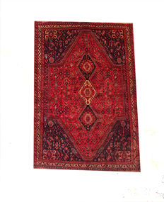 Gorgeous Persian Shiraz  RUG 267x182cm or 8.5 by 6 feet from 1970s-1980s
