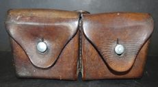 Leather double bag cartridge holder - WW2 for Schmidt- Rubin Riffle model 1889 Calibre : 7,5 x 53,5 mm GP90 ammunition