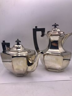 Large silver plated Art Deco coffee and tea can.