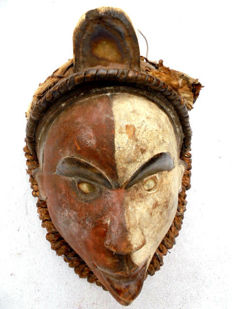 Very old BA CONGO Mask - Congo.