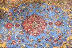 Persian carpet, Qom/Ghum, first half of the 20th century - wool on cotton - approx. 215 x 145 cm.