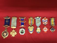 Lot of 7 Masonic medals - some rare