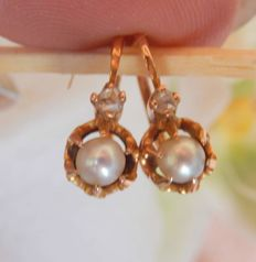 Dormeuse earrings with pearls and diamonds in 18 kt gold - no reserve price