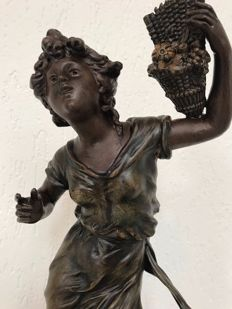 L & F Moreau - large bronze patinated zamak sculpture of a young woman - Le Prelude - France - ca. 1900