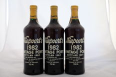 1982 Vintage Port Niepoort - bottled 1984 - 3 bottles (75cl)