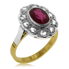 0.60ct Old Rose-cut Diamond and red stone ring, As New.