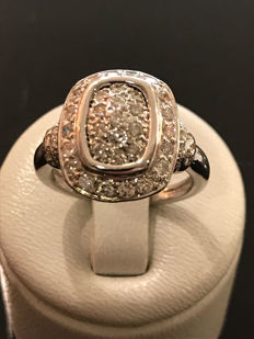 Pretty round 18 kt/750 white gold ring, Top Wesselton 0.80 ct diamonds, size 53/16.88 mm