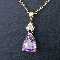 1.15 ct Amethyst and Diamond Pendant 14 kt Yellow and White Gold