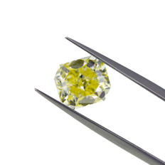 Natural Fancy Light Yellow 3.01 ct. VVS2 Cut Cornered Rectangular shape Diamond, GIA Certified
