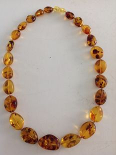 Amber necklace. 52 cm