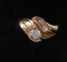 14 kt  gold Diamond solitaire ladies ring, 0,15 ct - ring size 17.5