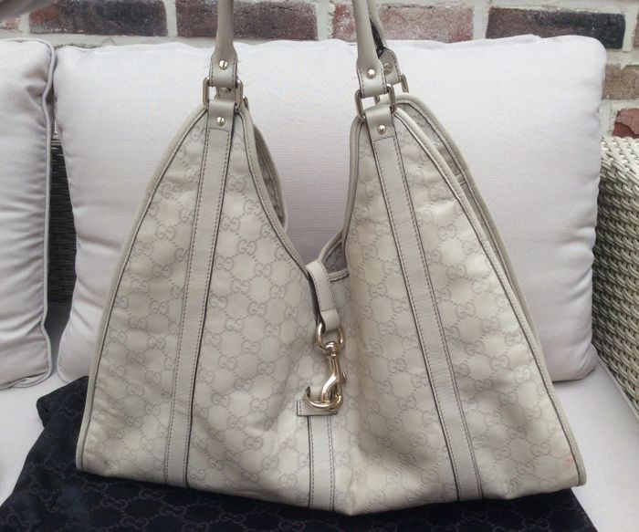 Gucci – Large Jackie Guccisima bag