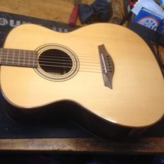 Mayson M5/S hand-built acoustic guitar