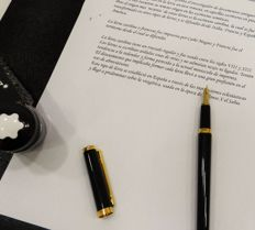 Noblesse by Montblanc. Fountain pen black and gold.