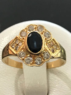 18 kt gold ring with diamonds and sapphire; size 54 / 17.25 mm