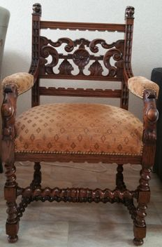 Carved oak armchair - English - ca. 1930