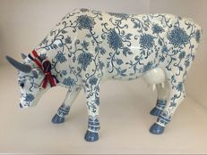 CowParade - China Cow - Large - Resin - retired - museum edition.