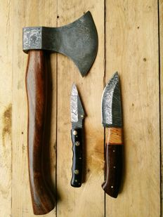 The ultimate Damascus steel hunting set
