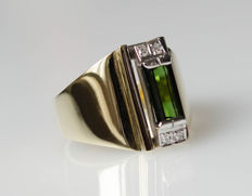 14 kt gold ring with green tourmaline and diamonds