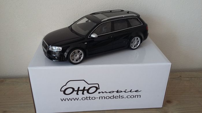 Otto Mobile - Scale 1/18 - Audi RS4 Avant B7 - Black