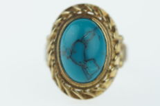 Robust yellow gold women's ring set with cabochon cut Turquoise, ring size 17.5