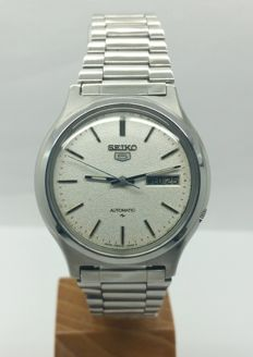 SEiKO 5 mid-generation day-date wristwatch - 1990s