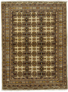 (Size 174 x 128 cm) - ANTIQUE genuine Persian rug - Original (HAND-KNOTTED) (TURKMEN, PERSIA, IRAN) (Era: 1940-1950) - With certificate of authenticity from an official appraiser (Galleria Farah 1970)