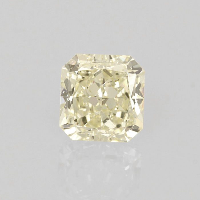 1.30 ct Square radiant cut diamond light yellow (W-X) VS2 **LOW RESERVE PRICE**
