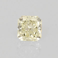 1.30 ct. Square radiant cut diamond light yellow (W-X) VS2 **LOW RESERVE PRICE**